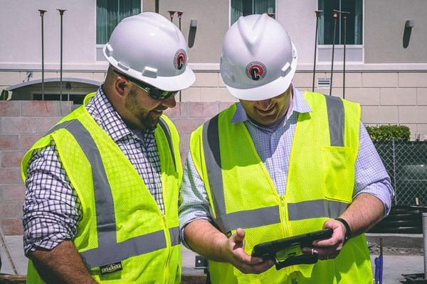 Using Technology to Break Down Silos in Construction